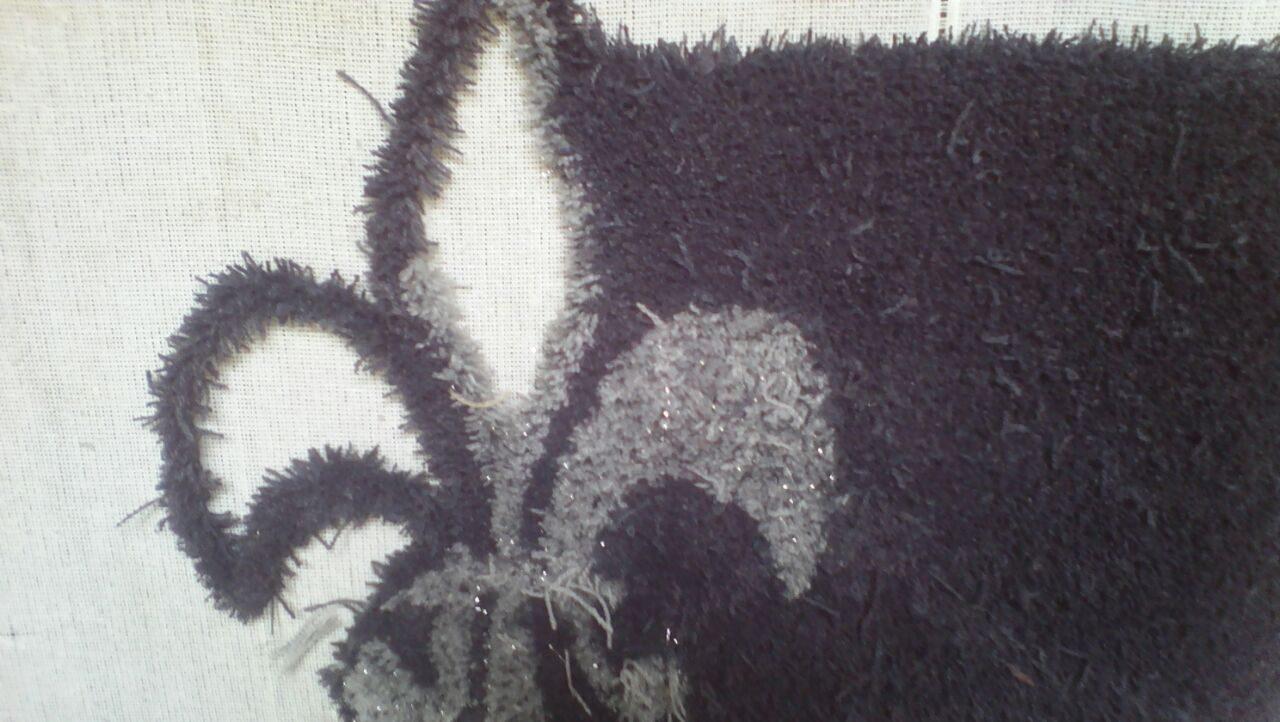 Entstehung Teppich Flower auf Grundgewebe